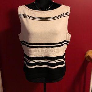 St. John knitted boatneck sleeveless blouse